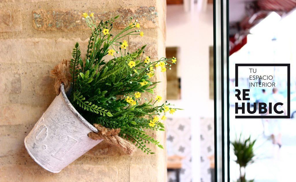 inauguración Rehubic espacio interior mercado ruzafa marca identidad corporativa reforma interiorismo evento